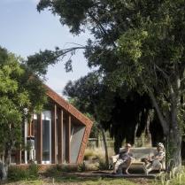 Rotorua House by RTA Studio 02