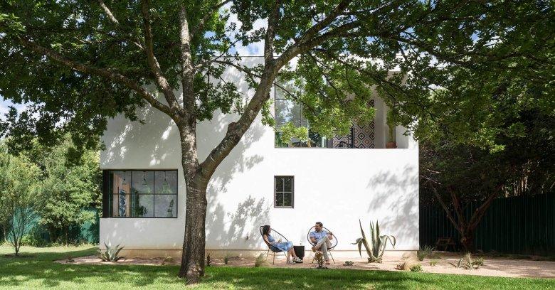 Sunset Valley Residence by Arbib Hughey Design 02