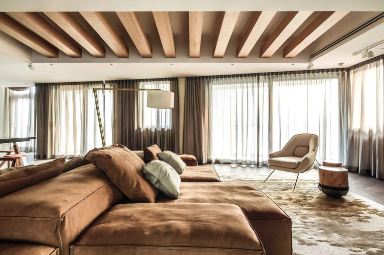 Xintiandi Penthouse by Joyce Wang Studio 01