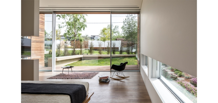 Z House by Ronnie Alroy Architects 22