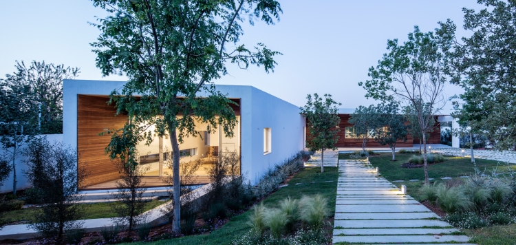 Z House by Ronnie Alroy Architects 29