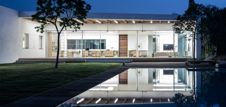 Z House by Ronnie Alroy Architects 32
