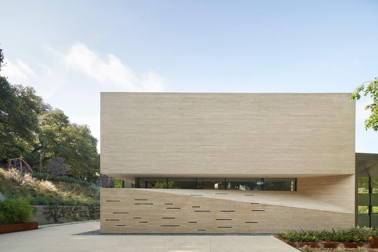 Bridge Residence by Belzberg Architects 01