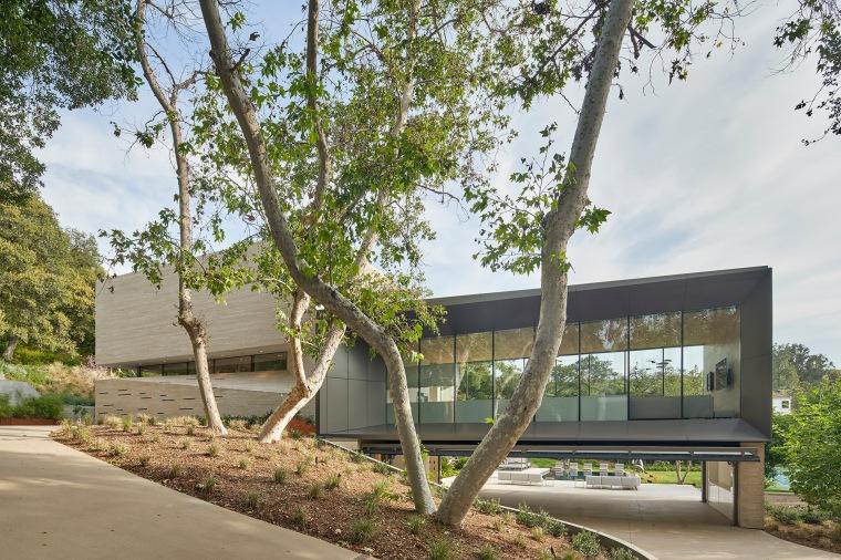 Bridge Residence by Belzberg Architects-03