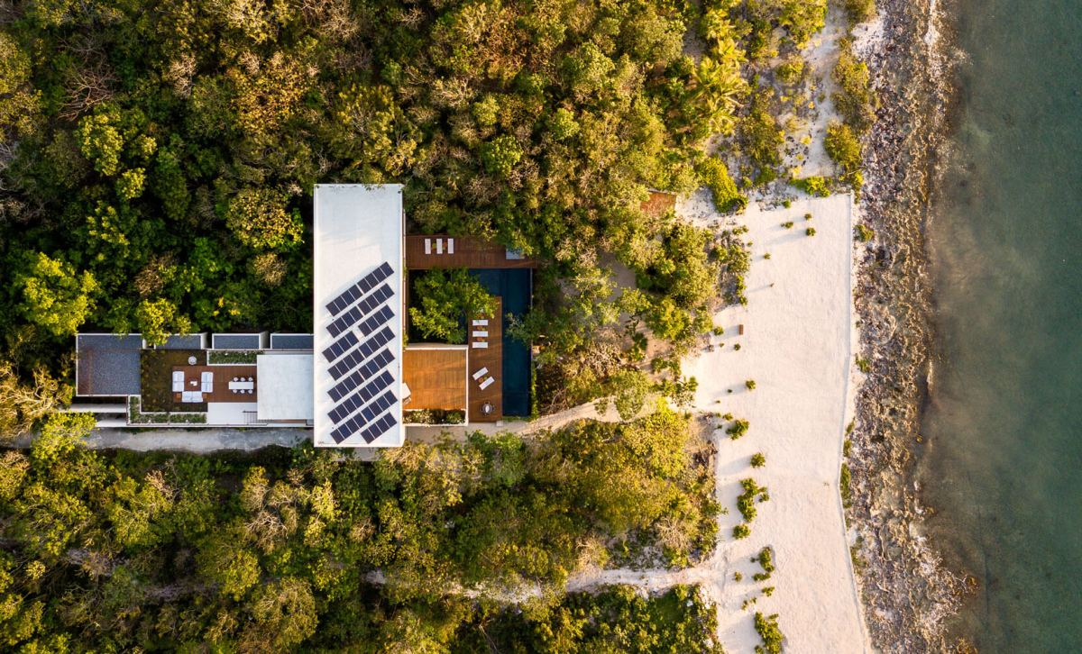 Cozumel House by Sordo Madaleno Arquitectos