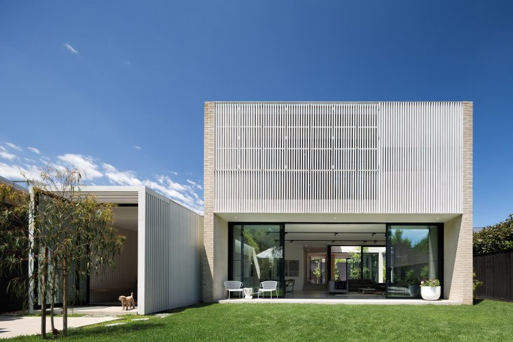 Hiding House by Jackson Clements Burrows Architects 01