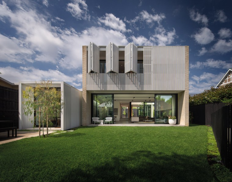 Hiding House by Jackson Clements Burrows Architects 02