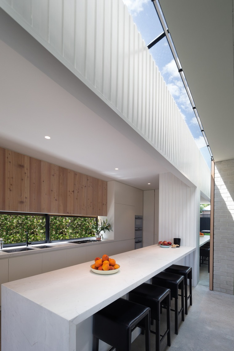 Hiding House by Jackson Clements Burrows Architects 04