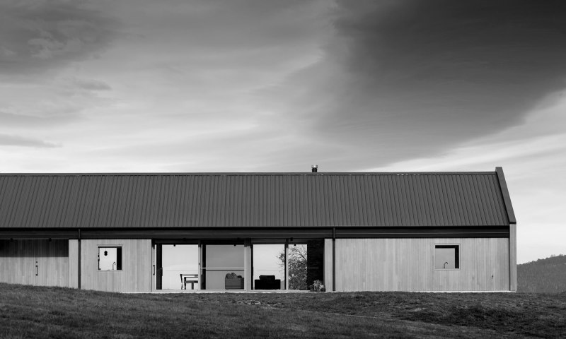 Huon Barn House by MG Architecture Interiors 01