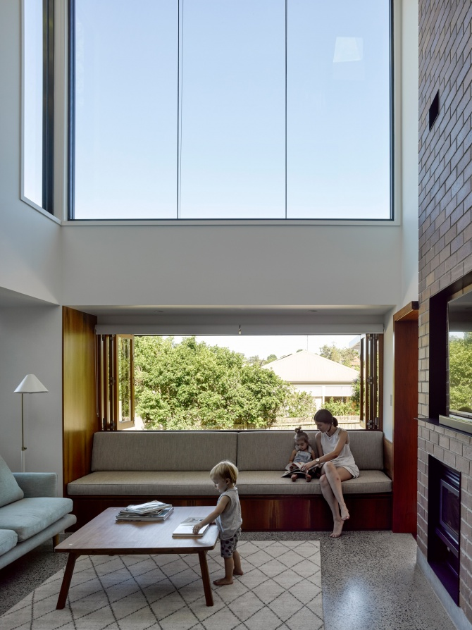 Tarragindi Steel House by Bligh Graham Architects 01