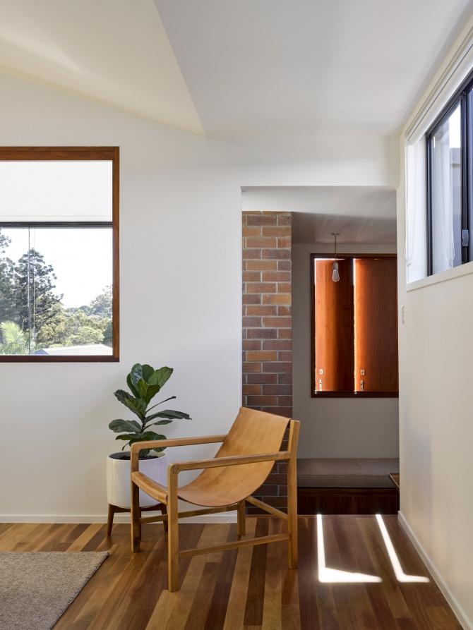 Tarragindi Steel House by Bligh Graham Architects 02