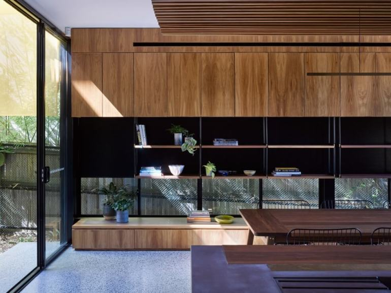Tarragindi Steel House by Bligh Graham Architects 06