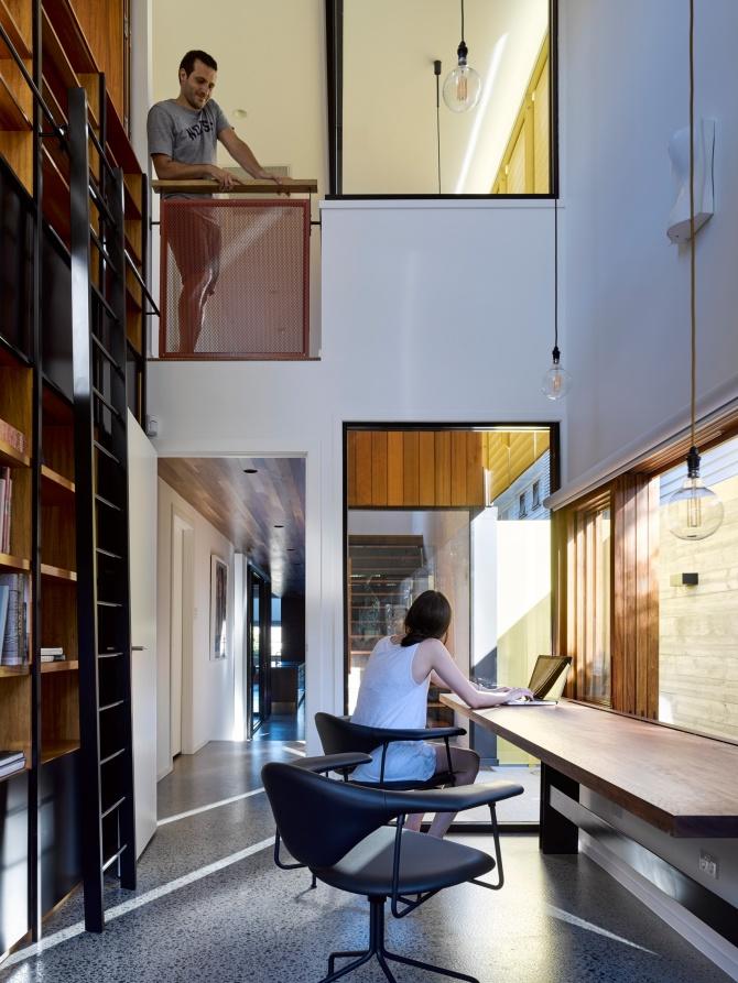 Tarragindi Steel House by Bligh Graham Architects 11