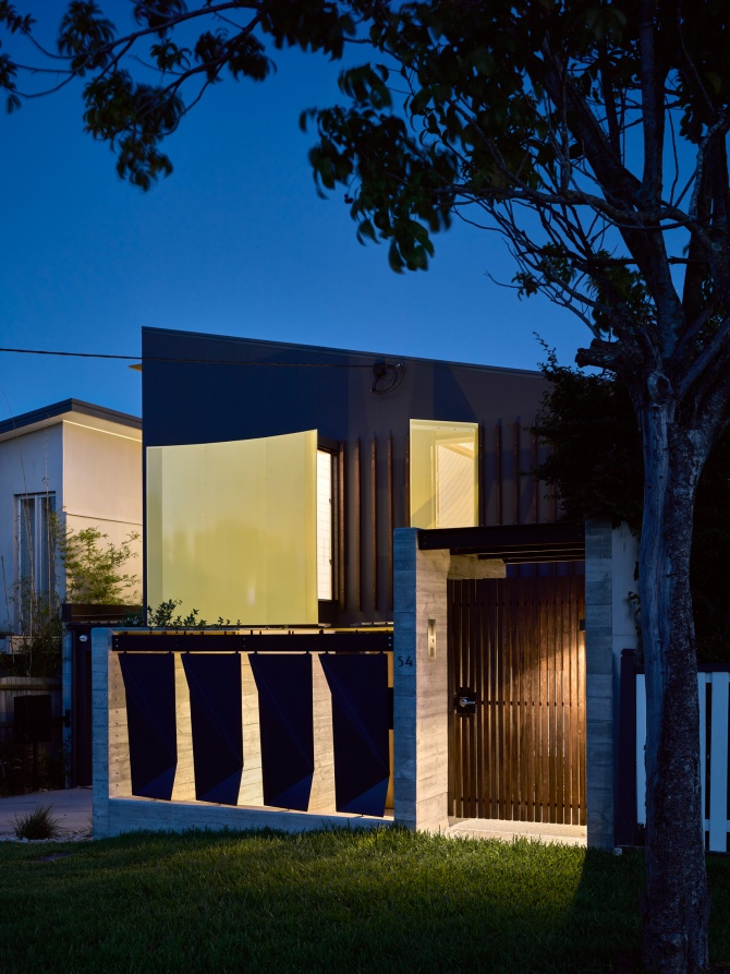 Tarragindi Steel House by Bligh Graham Architects 16