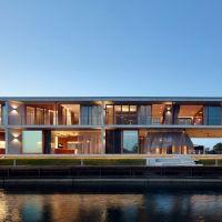 V House by Shaun Lockyer Architects