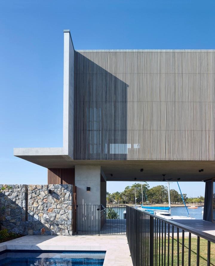 V_House by Shaun Lockyer Architects-10