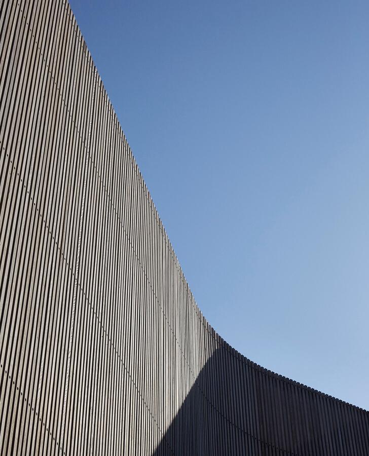 V_House by Shaun Lockyer Architects-22