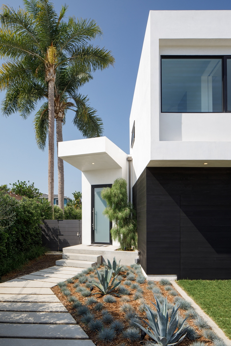 Venice Beach Residence by Griffin Enright Architects 03