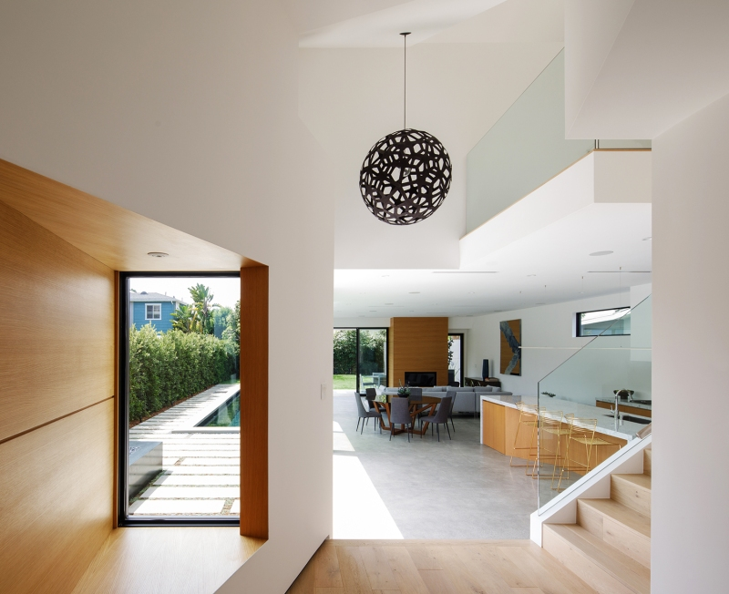 Venice Beach Residence by Griffin Enright Architects 04