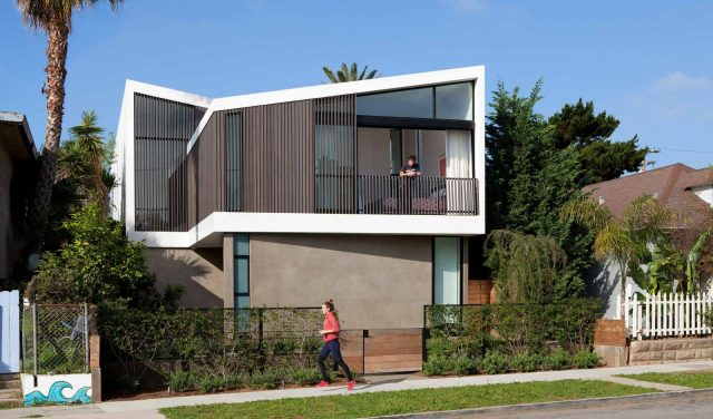 Venice Residence Home by Rios-Clementi-Hale-Studios-02