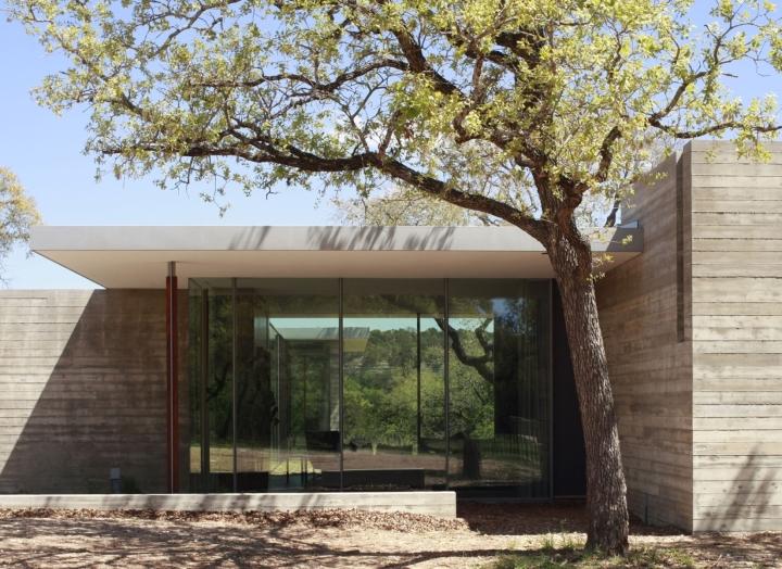 Cuernavaca Residence by Alterstudio Architecture 06