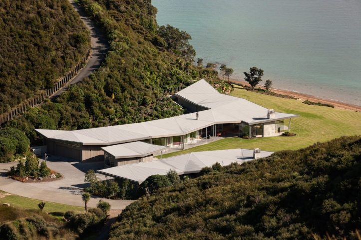 Fold House by Bossley Architects 06