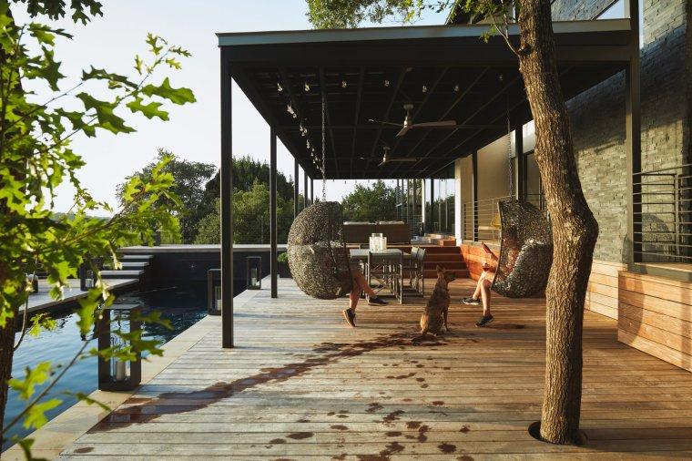 18+via+media+residence+by+matt+fajkus+architecture.+photography+by+leonid_furmansky