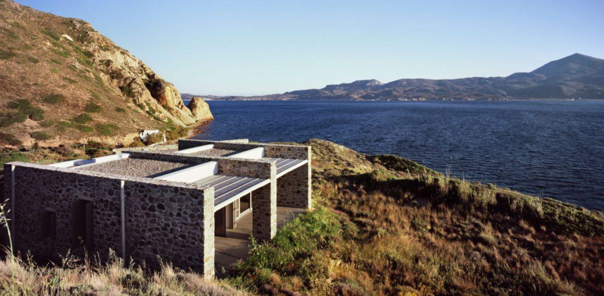 Skinopi Lodge Villas by Kokkinou Kourkoulas Architects &Associates