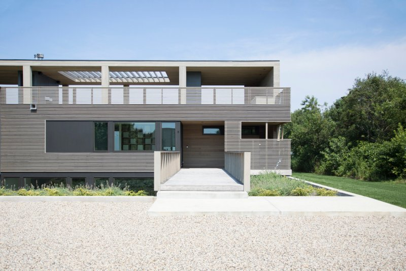the north fork bluff house by res4-03