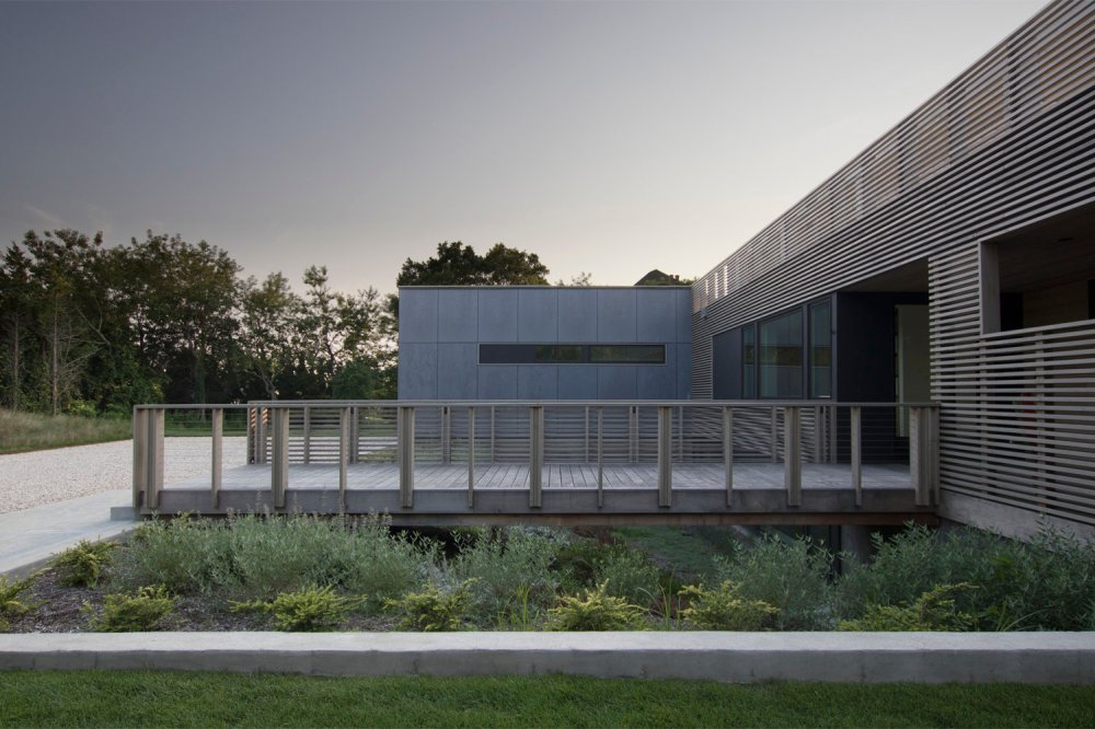 the north fork bluff house by res4-10