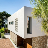 House in Tarragona by Studio Dom Arquitectura