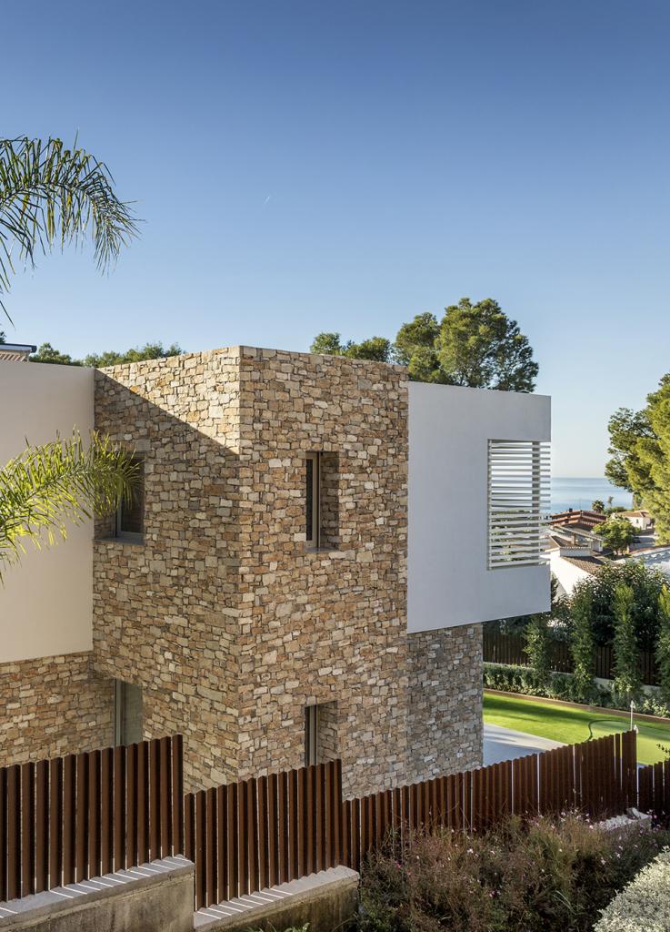 House in Tarragona by Studio Dom Arquitectura - 05
