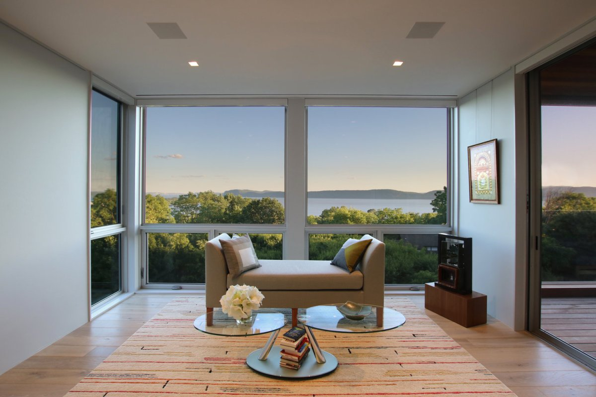 Hudson River House by Resolution: 4Architecture