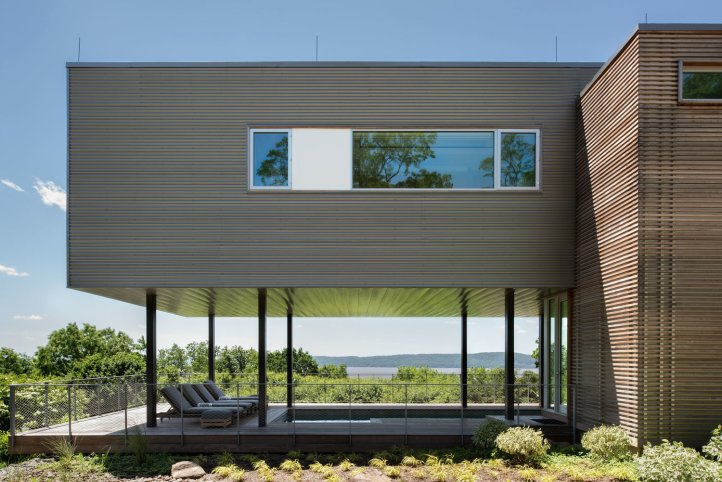 Hudson River House by Resolution 4 Architecture