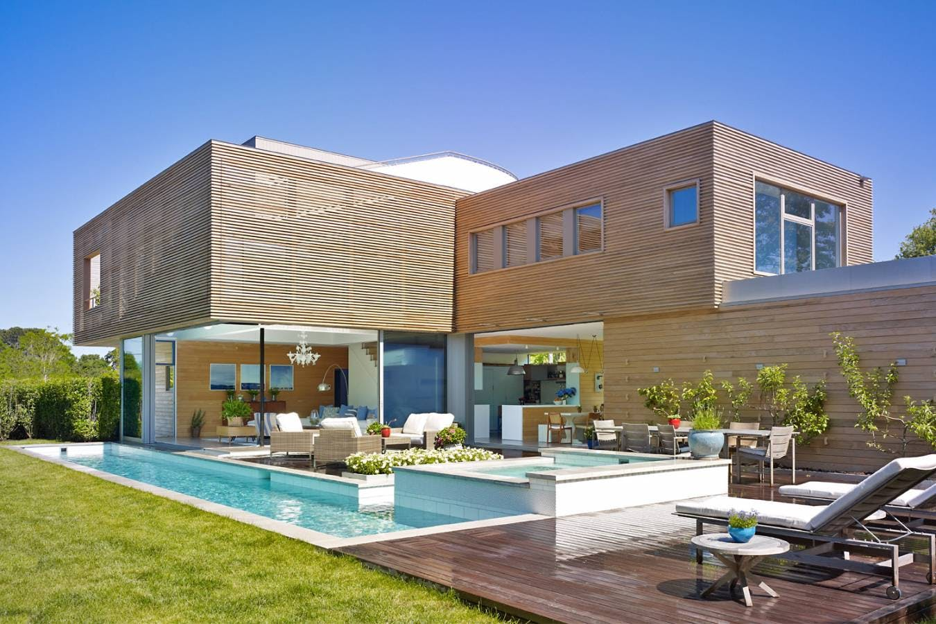 Modern Summer House – Quogue by Austin Patterson Disston Architects