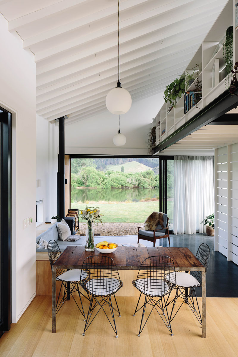 River Retreat by Edwards White Architects-3