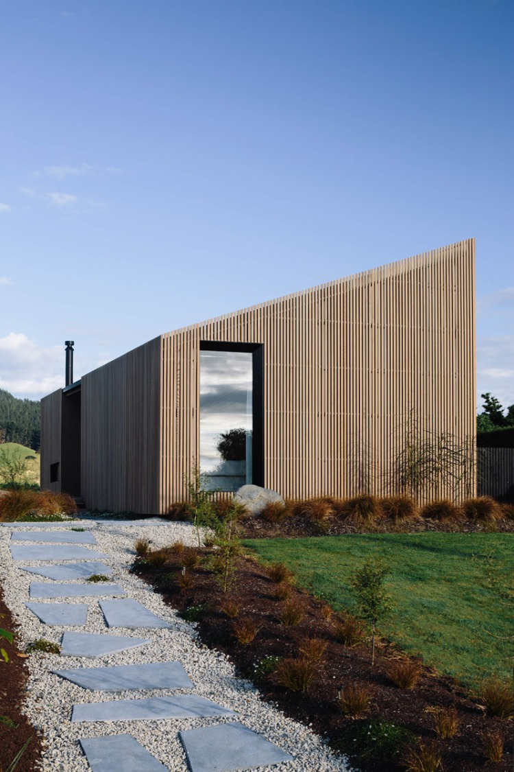 River Retreat by Edwards White Architects-4