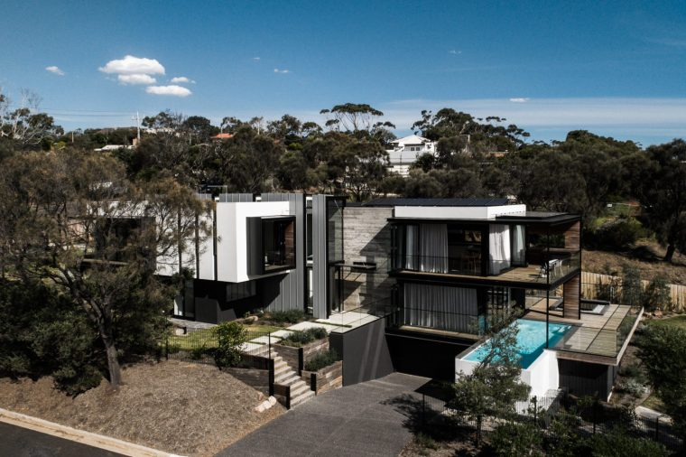 Two Angle House by Megowan Architectural -16