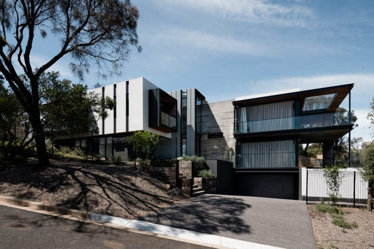 Two Angle House by Megowan Architectural -17