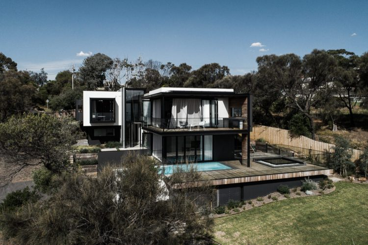 Two Angle House by Megowan Architectural -18